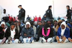 Нелегалы в Италии