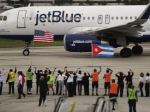 Восстановлено регулярное авиасообщение между США и Кубой