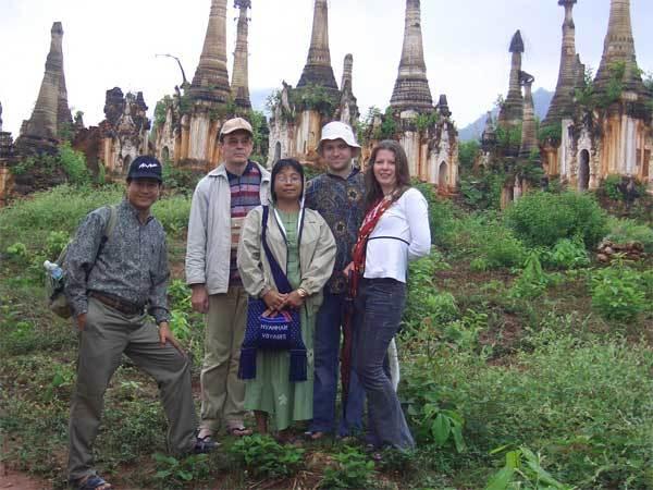 Туристы на Бирме