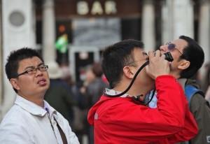 Как ведут себя китайские туристы в Италии?