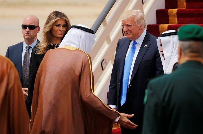 О чем говорит выбор первого зарубежного турне Трампа?