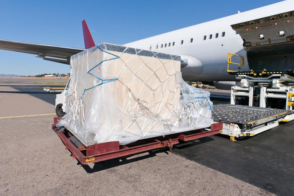 Как организовать отправку груза самолетом?