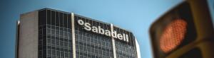 Крупные банки спешат покинуть Каталонию