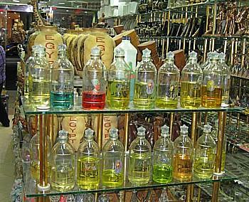 Египетские специи, ювелирные украшения и натуральные масла
