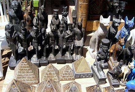 Что может привезти турист из Египта в качестве сувенира?