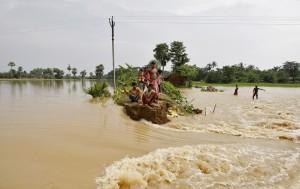 Последствия наводнения в Индии