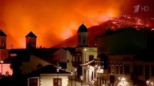 На Канарских островах, через лесные пожары пришлось эвакуировать более 2000 человек