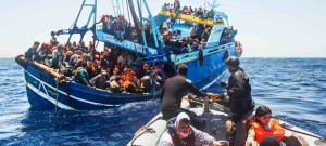 В Италии будут штрафовать судна, которые будут пытаться спасти беженцев
