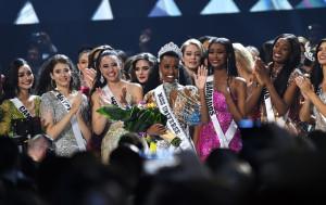 Мисс Южная Африка коронована как Мисс Вселенная 2019