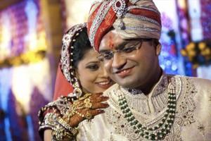 Браки, традиционно устраиваемые по договоренности, в Индии, такие же крепкие, как и раньше