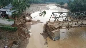 Сильные наводнения в столице Индонезии, могут стать причиной переноса столицы на остров Борнео